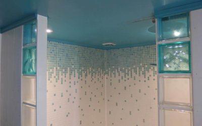 Plafond peinture à effets en turquoise